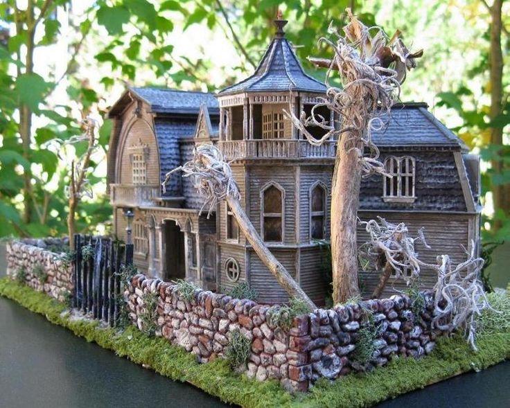 Ho Scale Munster S House Miniature Victorian House O