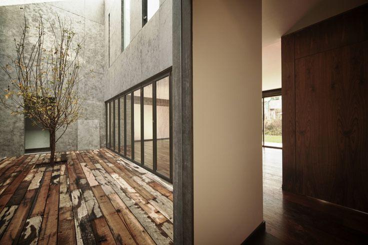 Cumbres House / Taller Hector Barroso