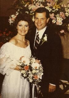 Dobi Gillis' Dwayne Hickman married Joan Roberts in 1983 - they are still married today.