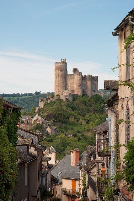 #JetsetterCurator. Najac Castle, France: All Things French, Douc France, Aveyron France, Douce France, Castelo, Najac Castles, Southern France, Castles France, Castles Najac