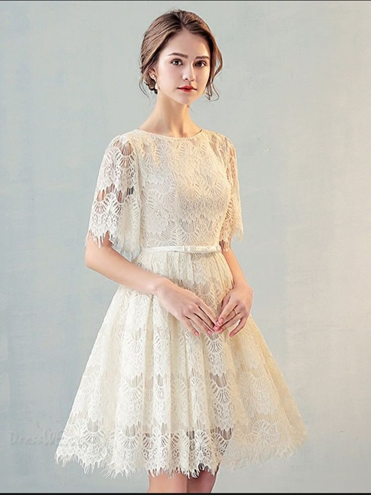 A Line Scoop Neck Short Sleeve Lace Short Homecoming Dress