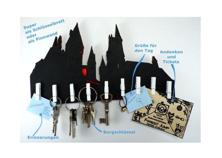 """Schlüsselbretter & -kästen - heldensagen Schlüsselbrett, Memoboard - """"Hogwarts"""" - ein Designerstück von heldensagen bei DaWanda"""