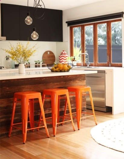 As the seasons change, an easy way to add color to your kitchen is spray painting metal stools!