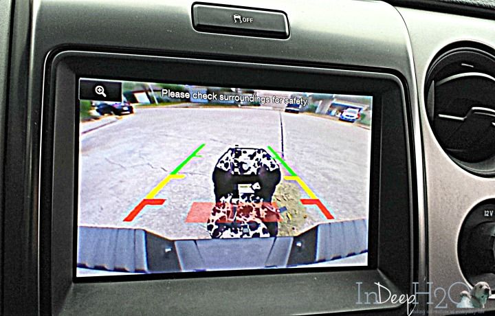 2013 Ford Raptor Review The Rear camera in the Ford Raptor is the best back up camera I've ever seen