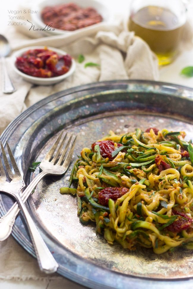 Zucchini Noodles with Raw Tomato Sauce {GF, Vegan + Super Simple}