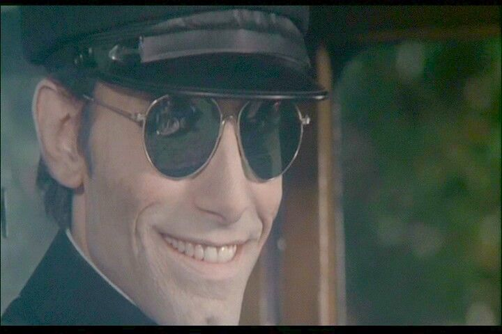 Burnt Offerings. Can any of us who saw this as kids in the 70's EVER forget The Chauffeur? Still love it to this day