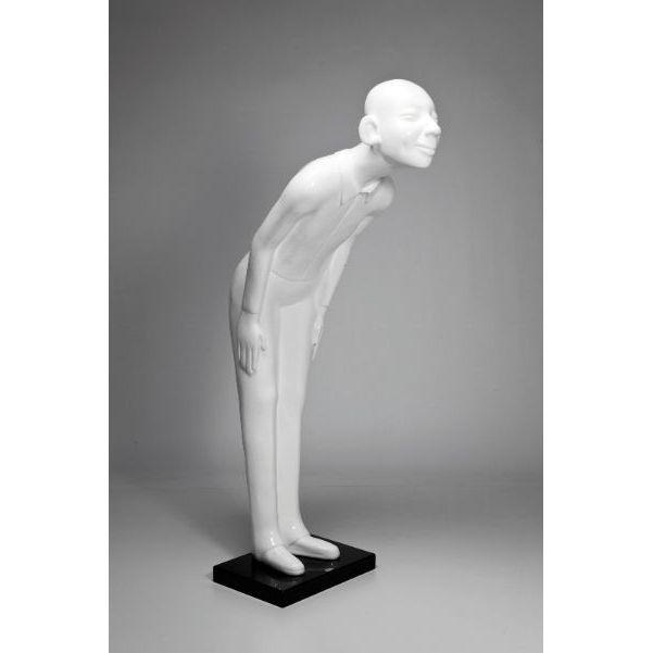 Διακοσμητικό Δαπέδου Figurine Welcome Λευκό Η διακοσμητική φιγούρα που καλωσορίζει, από fiberglass σε λευκό χρώμα. Ιδανική για μπαρ, εστιατόρια, καταστήματα ή για κάθε γωνία του σπιτιού σας.