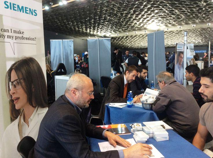 E' importante per noi di #Siemens iniziare a conoscere gli #studenti ancora prima che siano pronti per il mondo del #lavoro e supportare il loro #orientamento: per questo partecipiamo a numerosi #eventi di carriere organizzati dalle #Università italiane. #Lavoro #Carriere #Genova #Università http://sie.ag/1jb4KAY