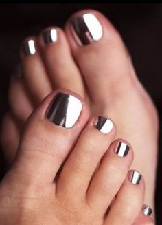 1000+ ideas about Mirror Nail Polish on Pinterest | Mirror Nails ...