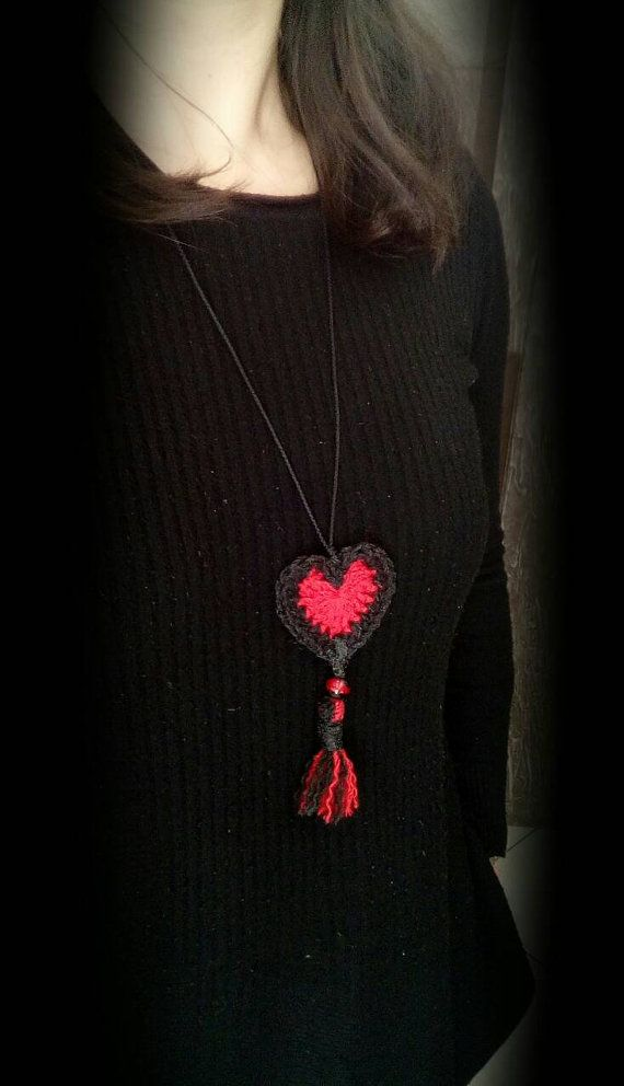 Hey, I found this really awesome Etsy listing at https://www.etsy.com/listing/505823289/heart-necklacebeautiful-handmade