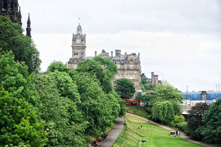 balmoral hotel edinburgh scotland: harry potter in edinburgh