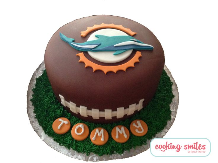 Miami dolphins cake by cooking smiles