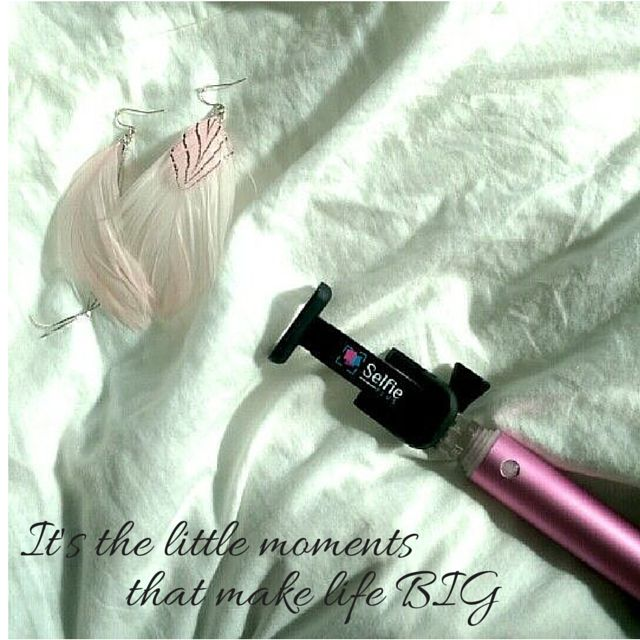Pearl Pink - Tempus  The fashionable gadget every girl wants to own.