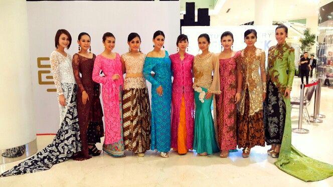 Kebaya and batik modern design by georgea radji #fashion #kebaya #batik #indonesia #georgearadji #fashiondesigner