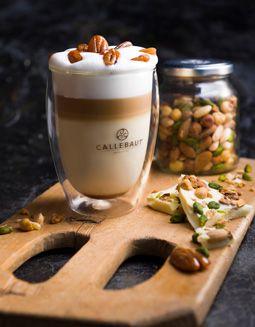 Callebaut - Creamy Dream - http://www.callebaut.com/plpl/receptury/czekoladowe-drinki/creamy-dream  #callebaut #czekoladadopicia #czekoladanagoraco #hotchocolate