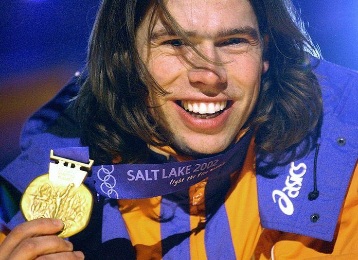 Gerard van Velde wint goud op de 1000 meter op de Olympische Spelen in Salt Lake City, 2002