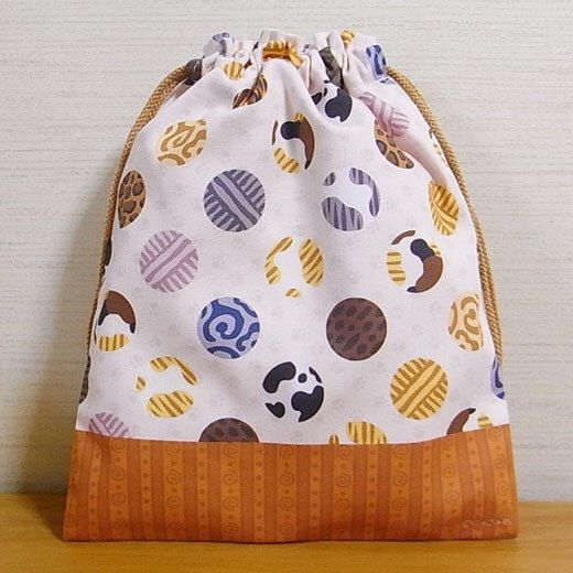 Cat Drawstring Bag with cat fur pattern's polka dots. Which one of if your Cat's pattern(s)? Drawstring bag is called *Kinchaku* in Japanese.