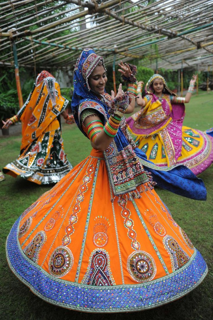 "Garba is Indian folk dance from the region of Gujarat, is the most popular of these people. Garba comes from Sanskrit and means ""womb"", traditional Garbas are performed around a lighted lamp in the center of the circle. -Danced, bending sideways at every step, their arms making sweeping gestures, each movement is marked by the rhythm of a beating palms. The Garba can participate both sexes and social position."