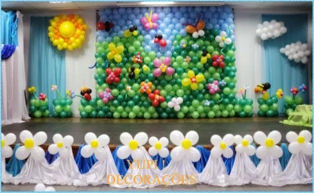 Открытка панно из шаров на выпуск в школе