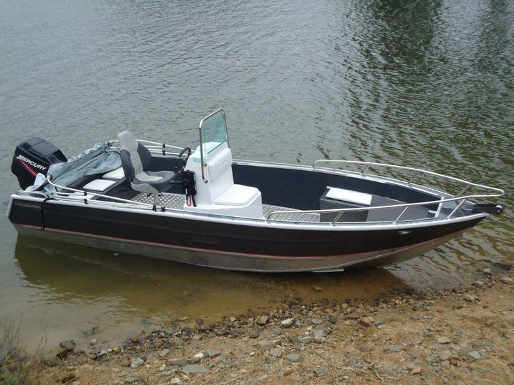 The 25 best aluminum fishing boats ideas on pinterest for Small aluminum fishing boats