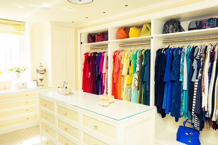 Yup. Pretty sure this is the color-coded closet to end all closets. http://www.thecoveteur.com/gayle-king-home/