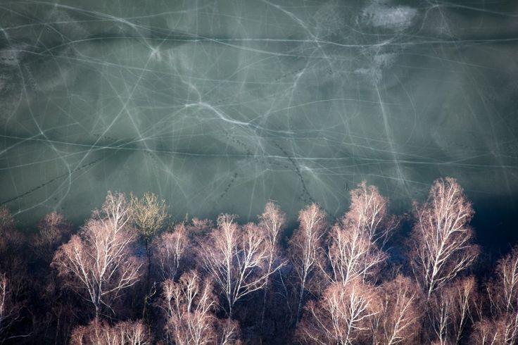 Hubert Stojanowski - Okolice suwalskiego jeziora Szurpiły, popękany lód