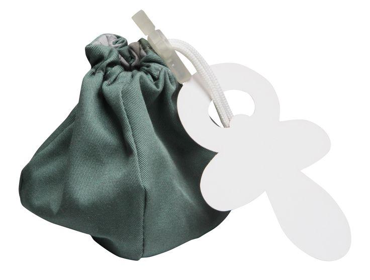 little dummy (storage) bag @Fabs World  #dummy #speen #storage #vintage green #fashion #bag #kids #baby #nursery #pregnancy #packaging  shop online: fasstore.com (ship worldwide)