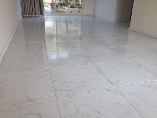 Floor: Taj Carrara cushioned edge 500 x 500mm