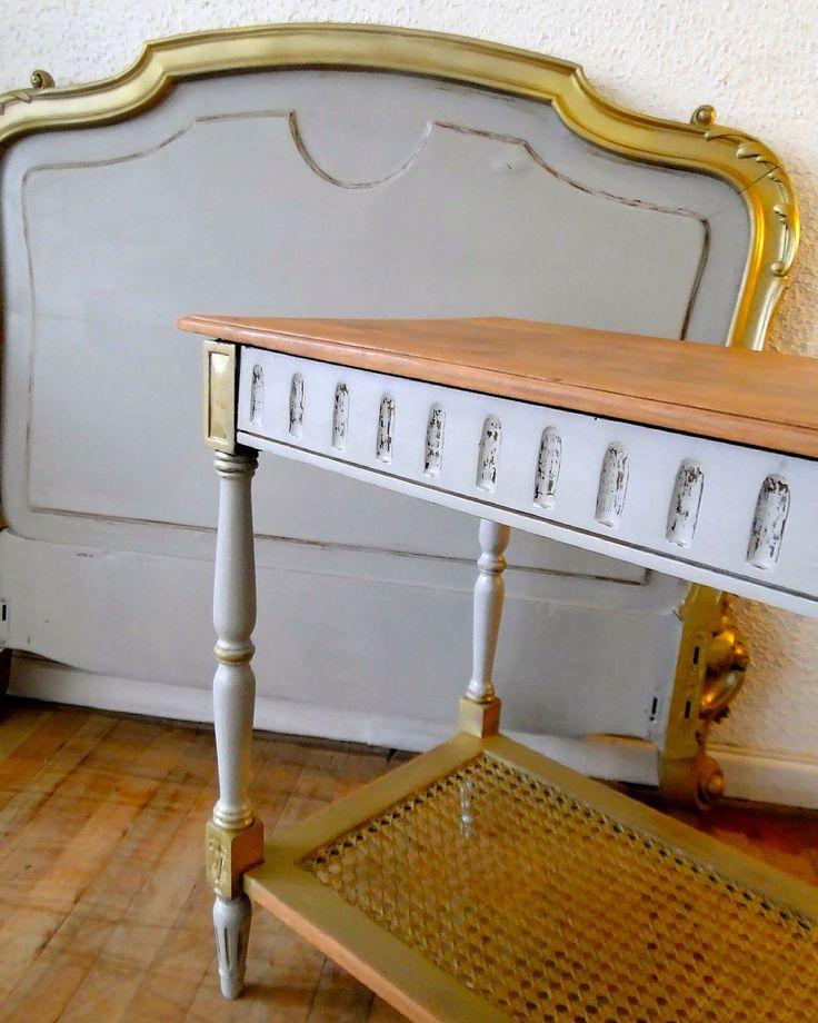 Respaldo y mesa a juego en gris • oro • madera