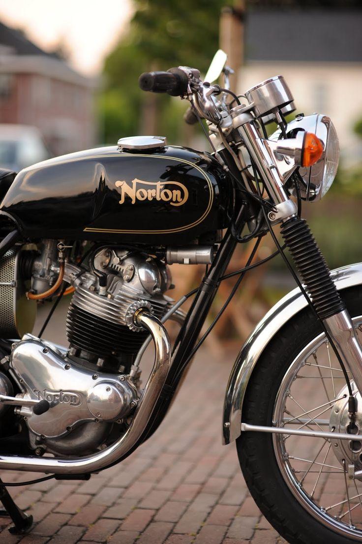 """happythecarman: """" 1971 Norton 750 Commando """""""