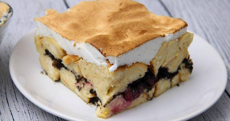 Mennyei Mákos pity puty recept! Ez a Mákos pity puty recept télen a mák miatt, nyáron a meggy miatt aktuális! Egy biztos, bármikor készíted, körül fogja rajongani mindenki! Isteni finom sütemény, amit Te sem hagyhatsz ki!