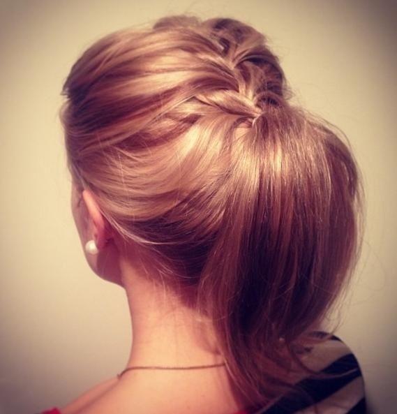 medium hair ponytail ideas