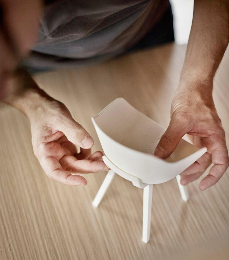 jean louis iratzoki alki kuskoa bi first bioplastic chair designboom