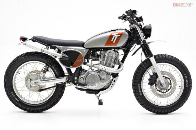 2015 Yamaha SR400 USA model - The venerable Yamaha SR400 goes on sale in the USA in June, following its relaunch in Europe.
