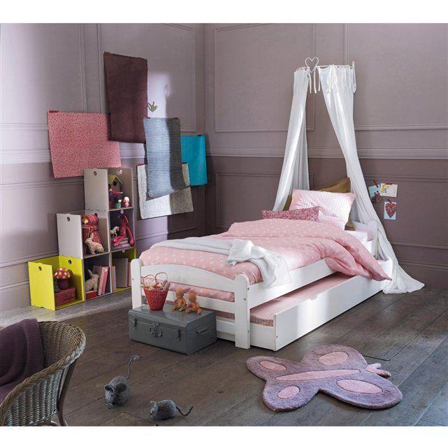 Très bon rapport qualité/prix pour ce lit en pin massif Loan sobre et pratique