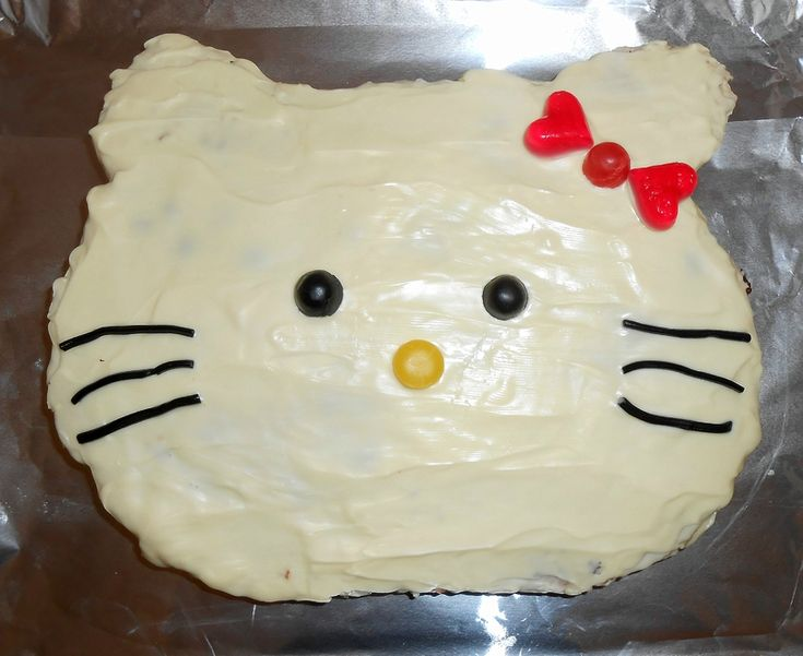 Gateau hello kitty fille anniversaire 3d rigolo facile for Cuisine en 3d facile