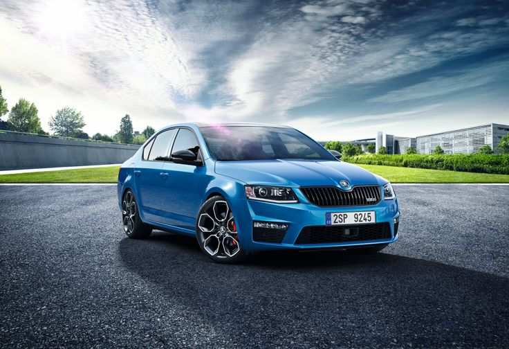 Offered in both Hatch and Estate forms, the new #Octavia #vRS delivers the perfect combination of sportiness, space and functionality. #SKODA