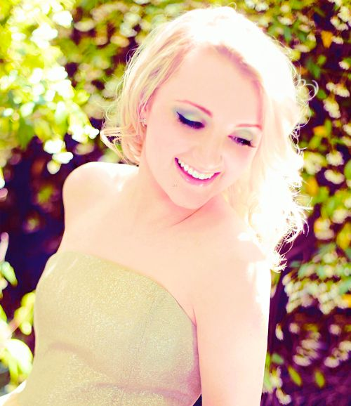 Most people say that it's ridiculous to say that the Harry Potter books saved lives, but Evanna Lynch who plays Luna Lovegood in Harry Potter wrote to J.K. Rowling begging for at least a tiny role in one of the films. At the time she was young and was dying due to her anorexia. She mentioned it to J.K. and begged to have one part in the film before it was too late. J.K. Rowling responded with a deal: she'd give her a part if she got better. Evanna got better and never returned to her…