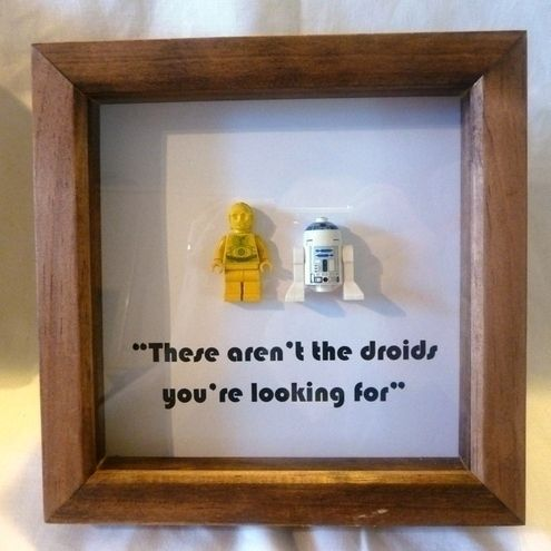 Framedup - STAR WARS - C3PO AND R2D2 - FRAMED LEGO FIGURES. I love the idea but I think my kids would take them out of the frame!