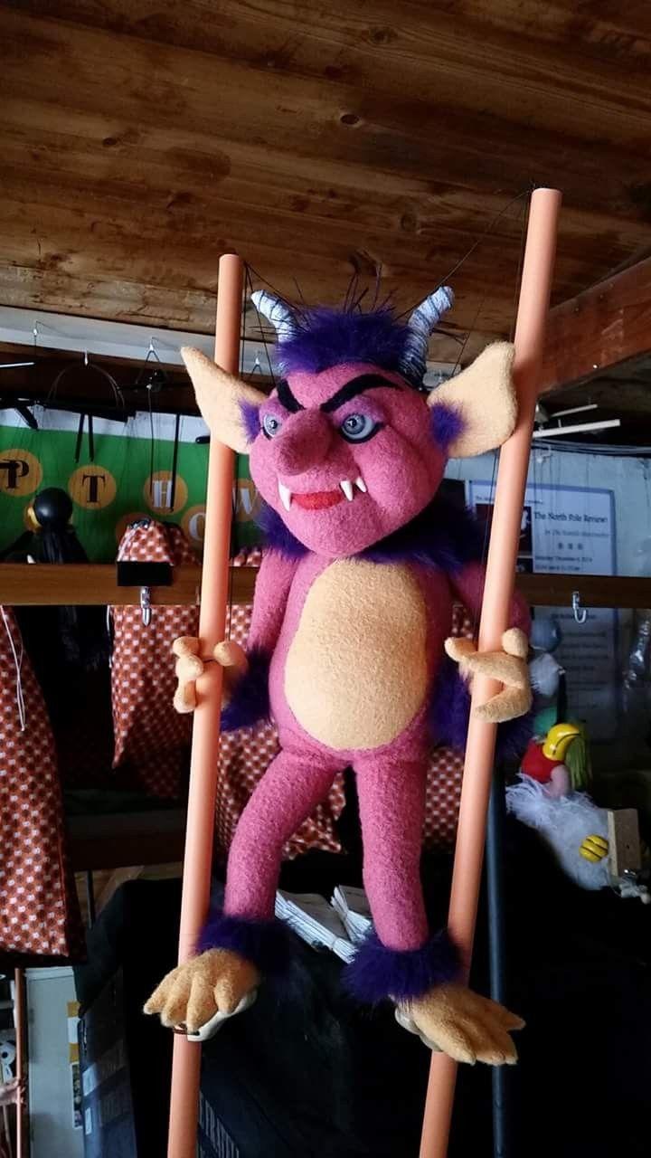 A stiltwalking goblin by Fratello Teddy