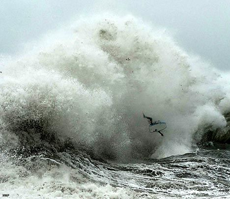 Best Wave And Surfing Images On Pinterest Nature Painting - Guys sets himself on fire before surfing a huge wave