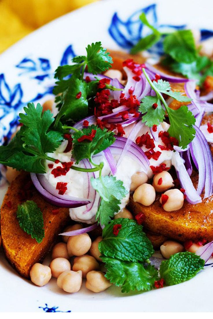 Fragrant spices, fresh vegetables and bright colours - a summery salad that will do as a meal on its own, or served as a side. Enjoy!