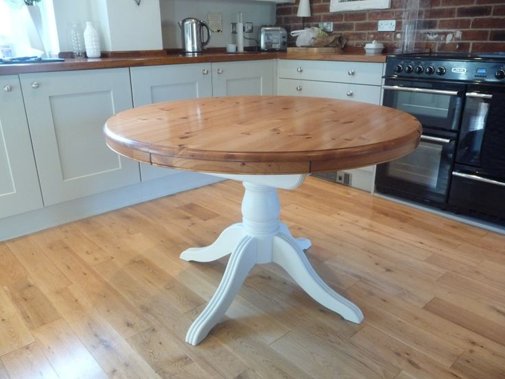 Ducal table painted with Marston & Langinger White Pepper