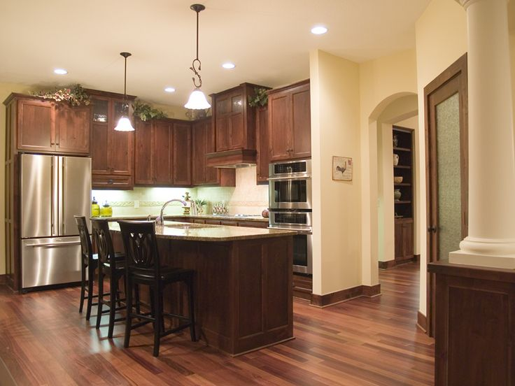 Cabinets galore in this kitchen   Plan 013D-0178