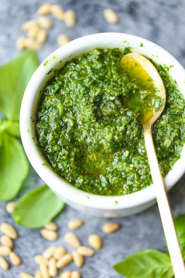6. Easy Homemade Pesto #healthy #vitamix #recipes http://greatist.com/eat/vitamix-recipes