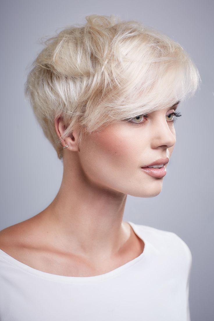 blonde kurzhaarfrisuren damen 2012 modische frisuren f r sie foto blog. Black Bedroom Furniture Sets. Home Design Ideas