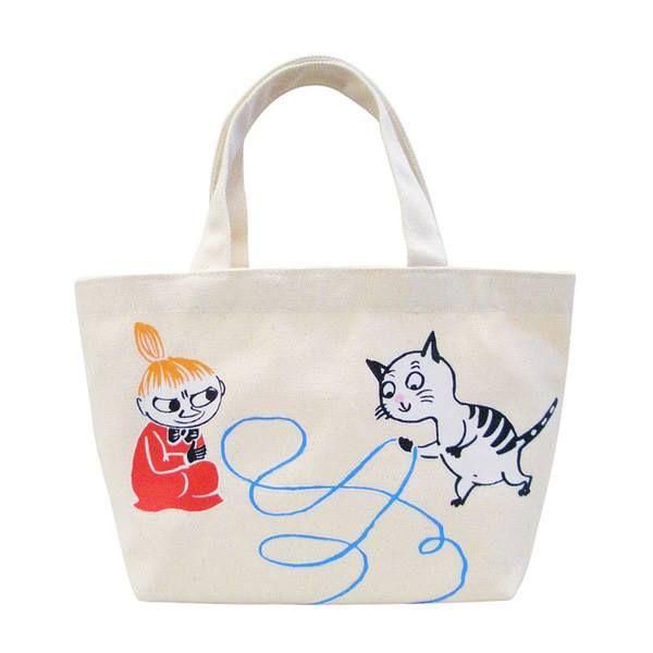 帆布ランチトートバッグ(ミイ&ネコ)  子ネコと同じサイズのリトルミイ。ミイももちろんだけど、無邪気に遊んでるネコちゃんもまたたまらなくかわいいですね。