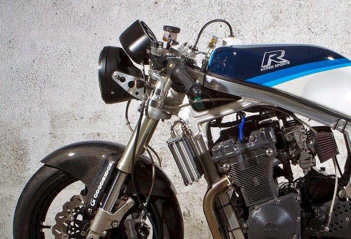Suzuki GSXR 750 Cafe Racer