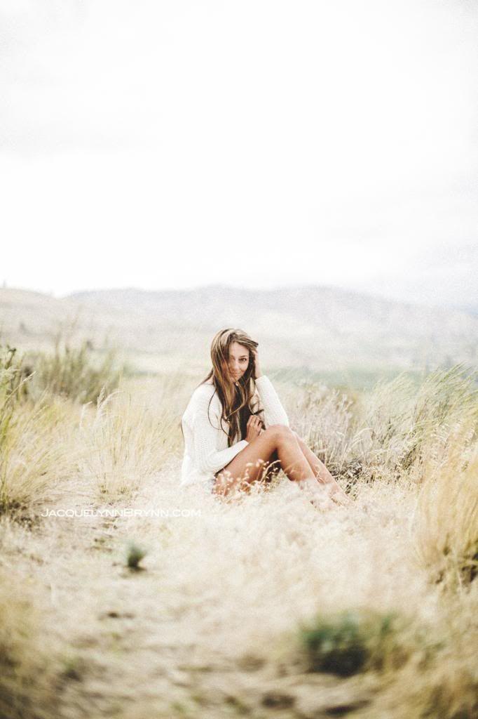 Senior Portraits, Chelan Senior photography, central wa senior portraits, jacquelynn brynn photography, girl portraits, flannel, natural photo ChelanSeniorGirlPortrait.jpg