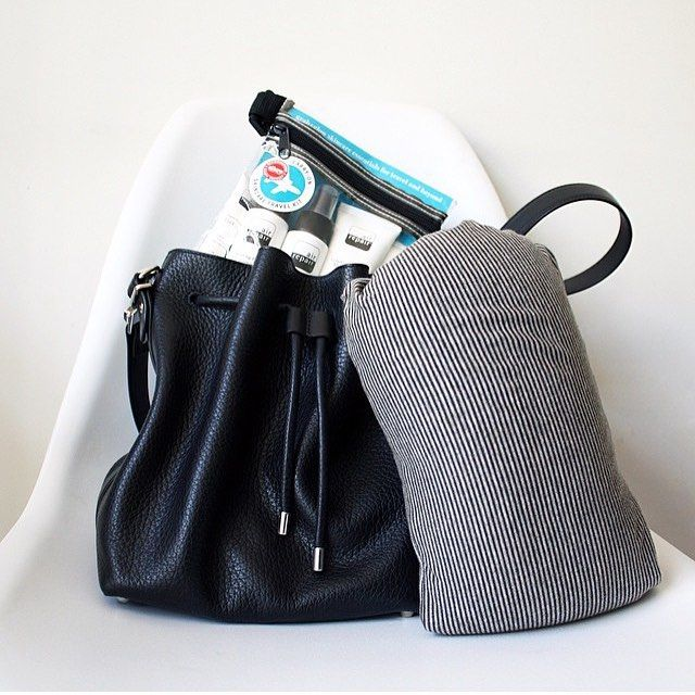 @cynthialions reviewed the @airrepair Travel Kit check out her site to read it. You can buy the Travel Kit for your next trip on OFFEN for $56. #airrepair #offenstore #travelkit